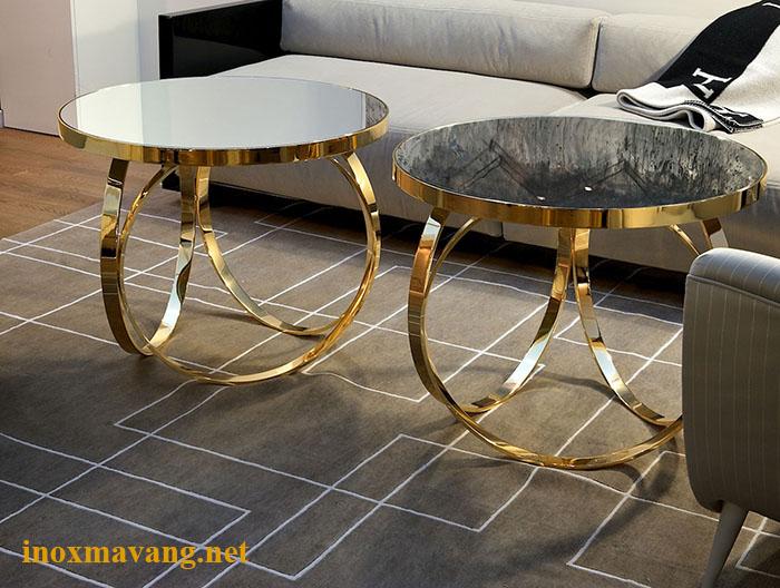 Phần chân trụ thiết kế bởi 3 vòng tròn. Mặt đá và mặt kính bạn thích loại nào?